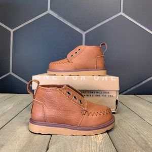 New W/ Box! Toddlers Tiny Toms Chukka Brown